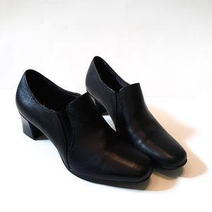 Liz Baker Black Heeled Slip on Clogs